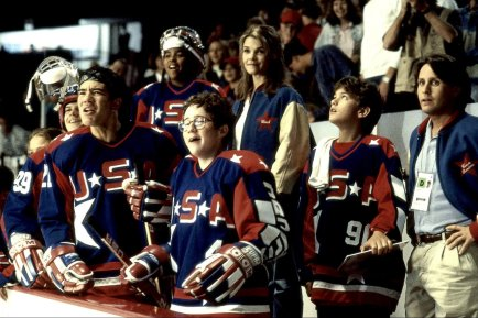 D2-The-Mighty-Ducks-the-mighty-duck-movies-19640853-1728-1154