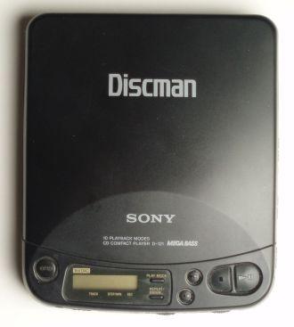 Discman_D121